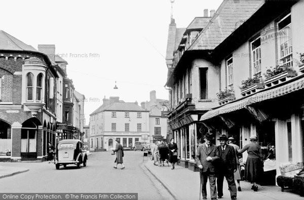 Brecon, High Street 1955