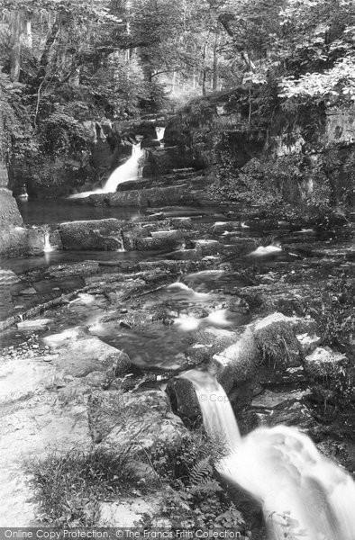 Brecon, Upper Ffrwdgrech Waterfalls 1910