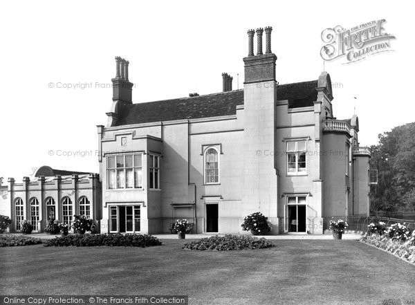 Bredfield, White House 1929