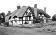 Bredon, Fox And Hounds c.1955