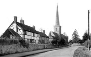 Bredon, St Giles' Church c.1955