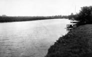 Bredon, The River Avon c.1955