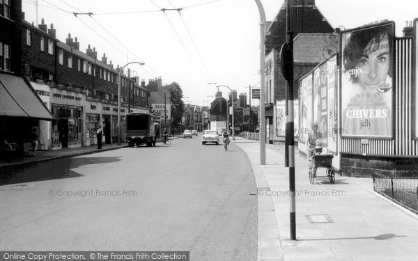 Brentford, High Street c.1960