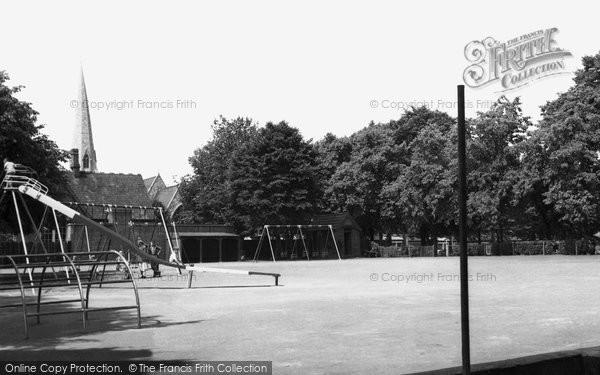 Brentford, St Paul's Recreation Ground c.1955