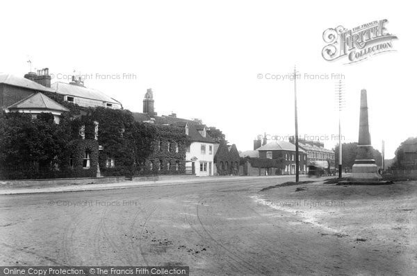 Brentwood, Shenfield Road 1904