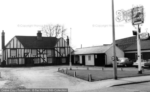 Photo of Brentwood, The Black Horse c1965