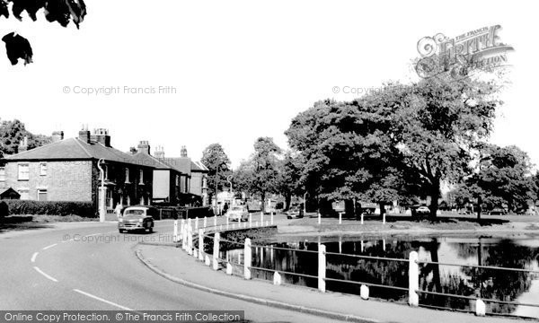 Brentwood, The Pond And Common c.1960