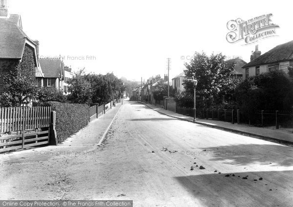 Bridge, Canterbury Hill 1903