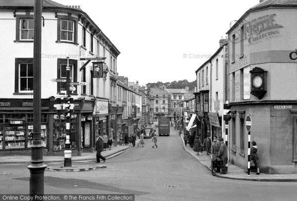 Bridgend, Caroline Street c.1950