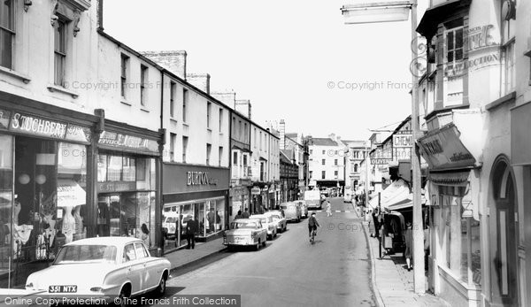 Photo of Bridgend, Caroline Street c1965