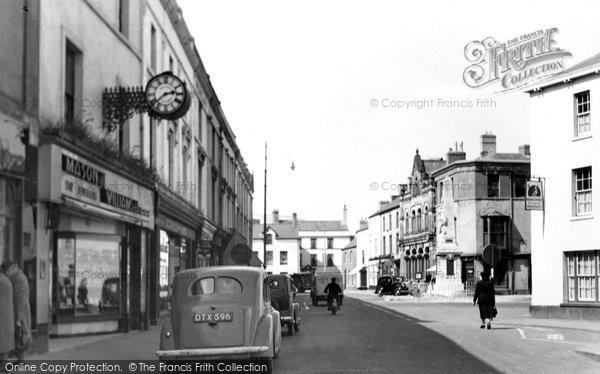 Bridgend, Dunraven Place c.1955