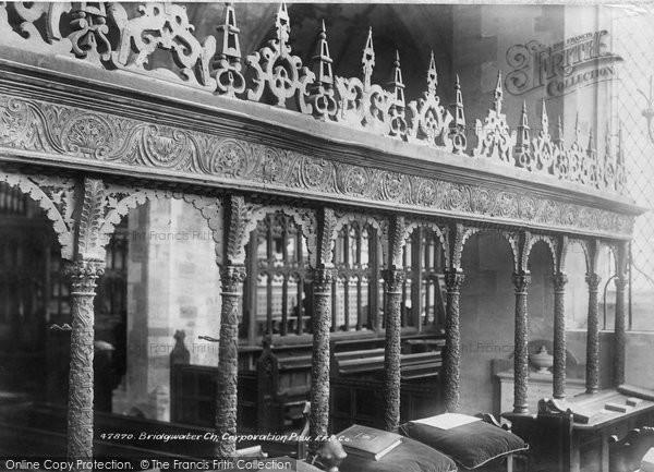 Bridgwater, Church, Corporation Pew 1901