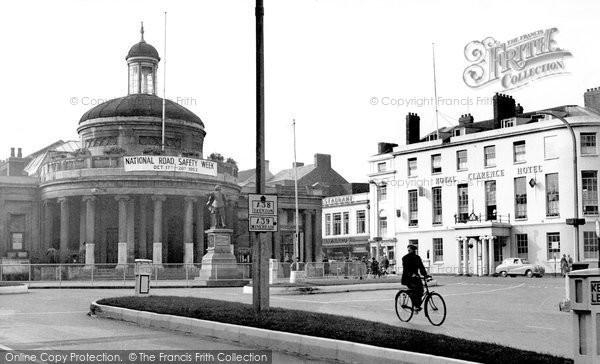 Bridgwater, Cornhill And Royal Clarence Hotel 1953