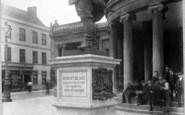 Bridgwater, Robert Blake Statue 1901
