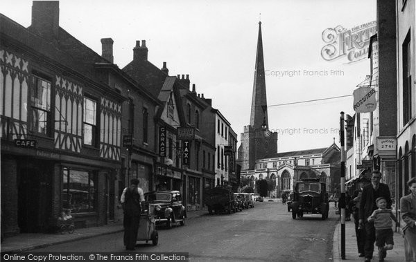 Bridgwater, Taunton Road And St Mary's Church c.1955