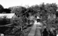 Bridgwater, The Rose Garden, Blake Gardens c.1965