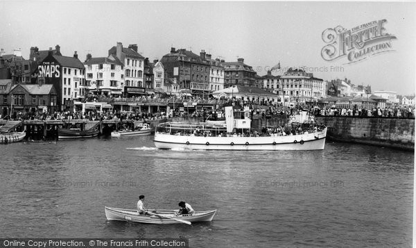 Bridlington, Boys' Own In The Harbour c.1960