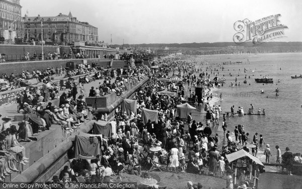 Bridlington, North Sands 1932