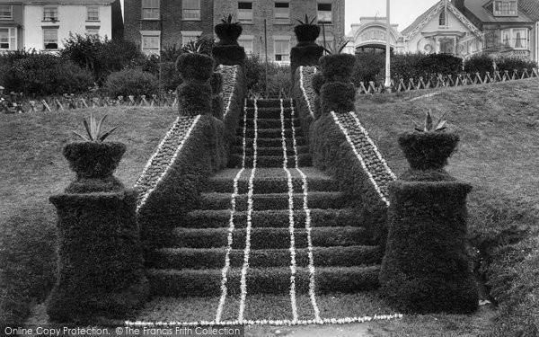 Bridlington, Princes Parade, Floral Staircase 1923