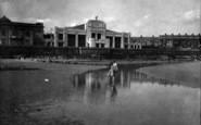 Bridlington, The Sands And Royal Hall 1927