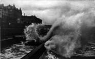 Bridlington, The Terrace, Rough Sea 1906