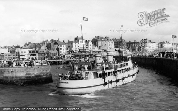 Bridlington, Thornwick Leaving The Harbour c.1960