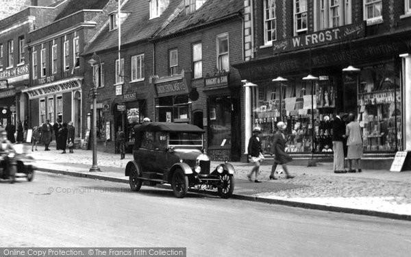 Bridport, Car In West Street 1930