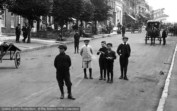 Bridport, Children In West Street 1913