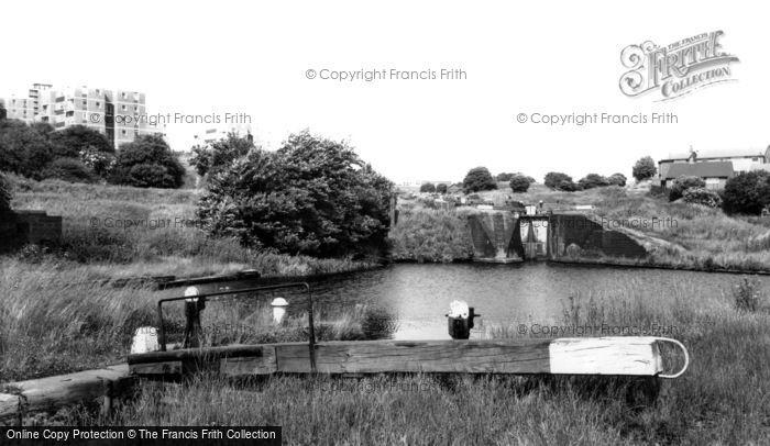 Brierley Hill, Delph Locks c.1965