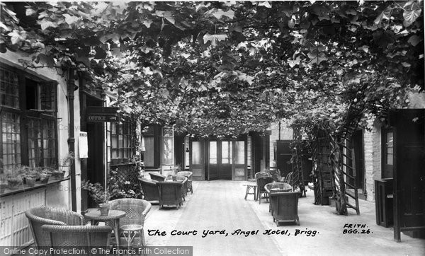 Brigg, The Court Yard, Angel Hotel c.1955