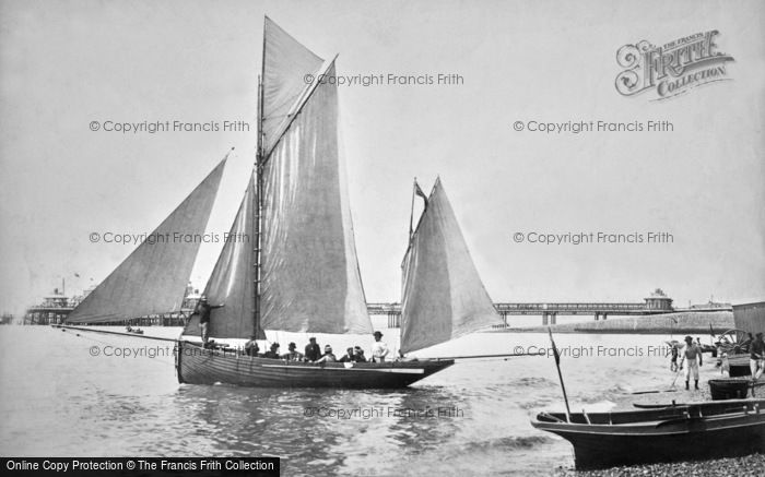 Brighton, The 'skylark' Sets Sail 1902