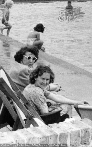 Brighton, Women By The  Pool c.1955