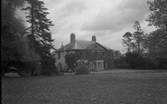 Brimpton, Hyde End House 1939