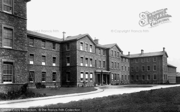 Photo of Bristol, Muller's No 3 Orphan House 1901