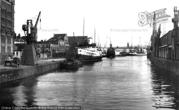 Photo of Bristol, the Docks 1953