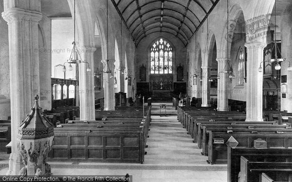 Photo of Brixham, Parish Church interior 1922