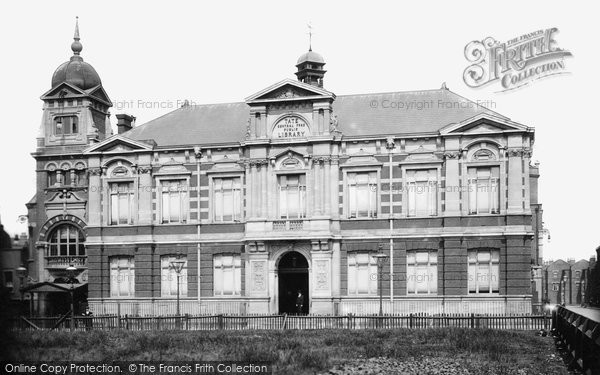 Brixton, Tate Public Library 1899