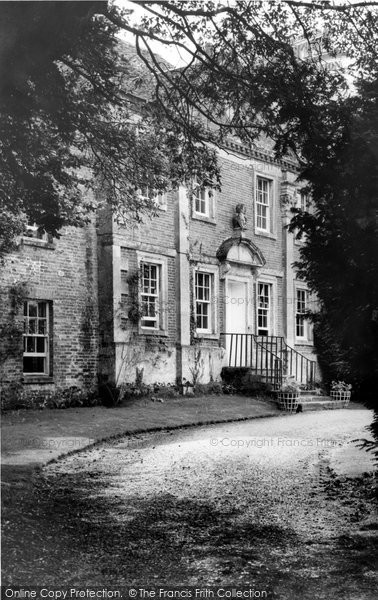 Broad Chalke, Reddish House c.1955