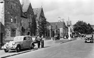Broadway, Lygon Arms c.1955