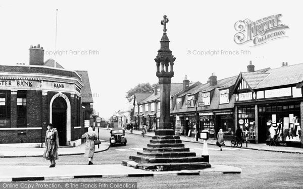 Bromborough, The Cross c.1965