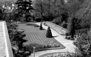Bromley, Church House Gardens 1967
