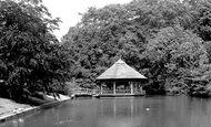 Bromley, Church House Gardens, The Pond 1957