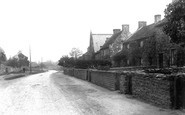 Brompton-On-Swale, The Village 1913