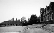 Bromsgrove, Kiteless House And The Armoury, Bromsgrove School c.1955