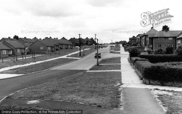 Bromsgrove, Lyttleton Avenue, Charfield Estate c.1960
