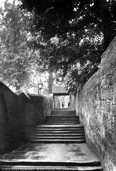 Bromsgrove, Old Church Steps 1931