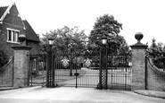 Bromsgrove, School, The Main Gates c.1955