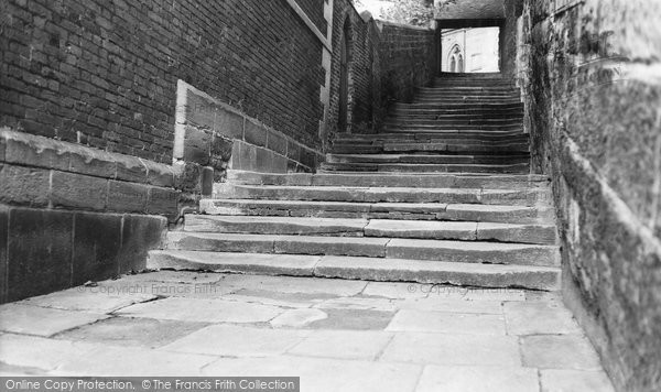Bromsgrove, The Old Church Steps c.1965