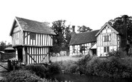 Bromyard, Lower Brockhampton Hall 1952