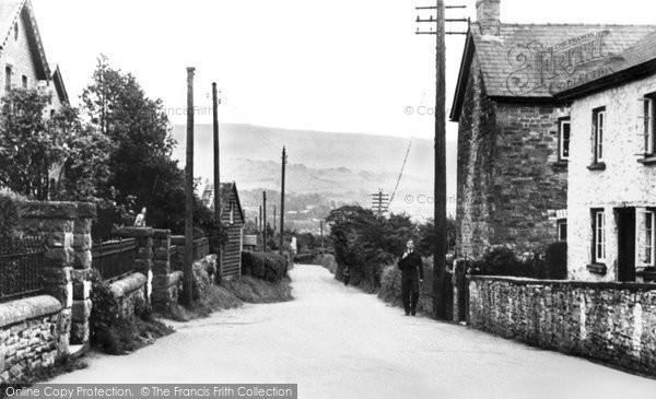 Bronllys, Village 1940
